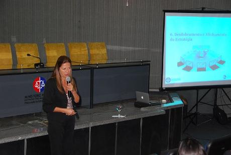 Verônica Korílio falou sobre a importância dos planos de comunicação e tecnologia. Crédito: mpma.mp.br